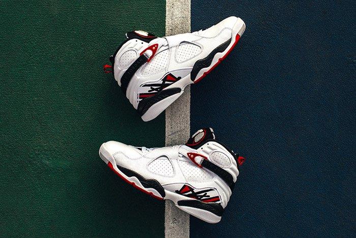 Air Jordan 8 Alternate released its official image