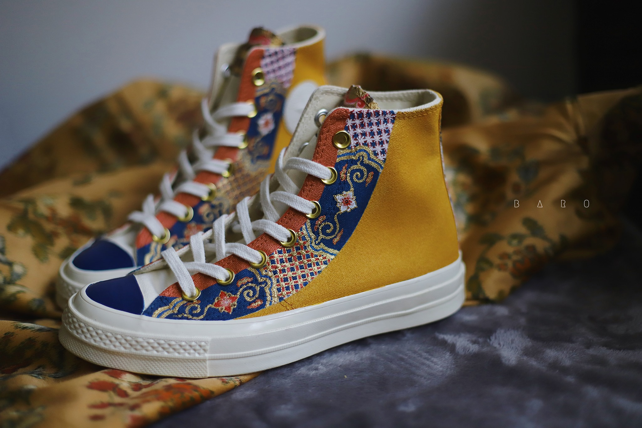 Converse x BARO - When the traditional Nhat Binh shirt is combined with modern sneakers