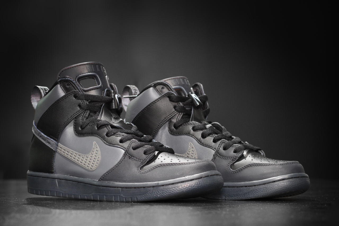 We've just got an SB Dunk High version inspired by the Air Jordan 5 and 6