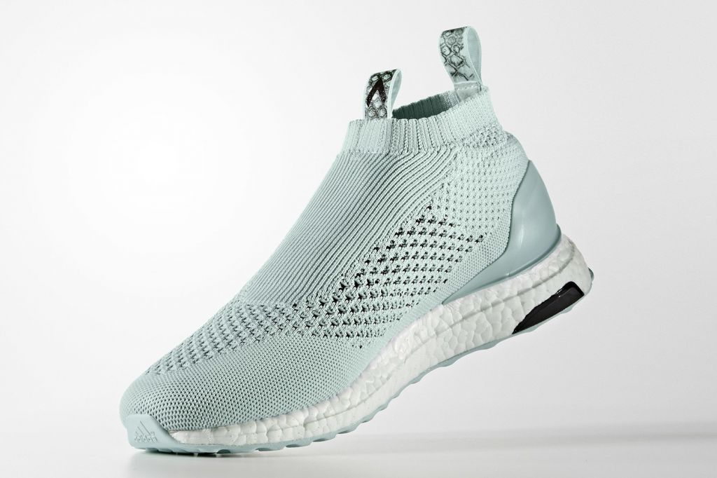 adidas-ace-16-purecontrol-ultraboost-blue-green-4