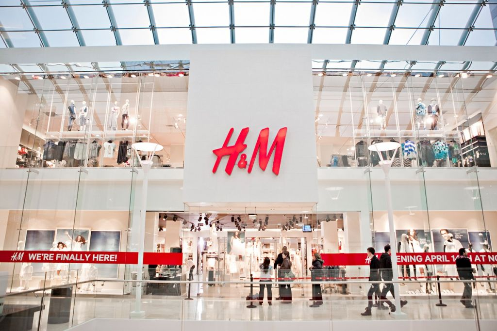 hm-zara-louis-vuitton-hermes-best-fashion-brands-2016-01-1200x800